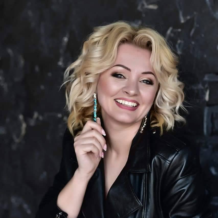 Неля Каблучка