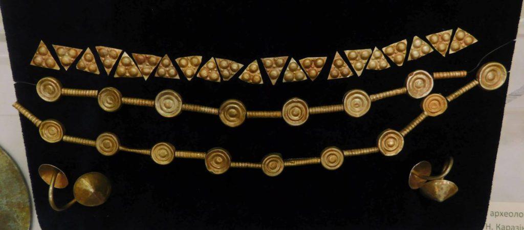 У Харкові показали скіфське золото з Більського городища